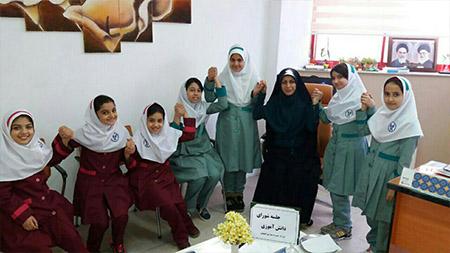 کسب رتبه نخست شورای دانشآموزی توسط مدرسه سبز سمای لاهیجان